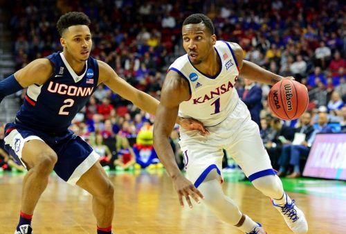 wayne-selden-jr-ncaa-basketball-ncaa-tournament-second-round-kansas-vs-connecticut-828x560
