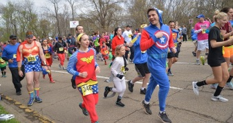 superhero run