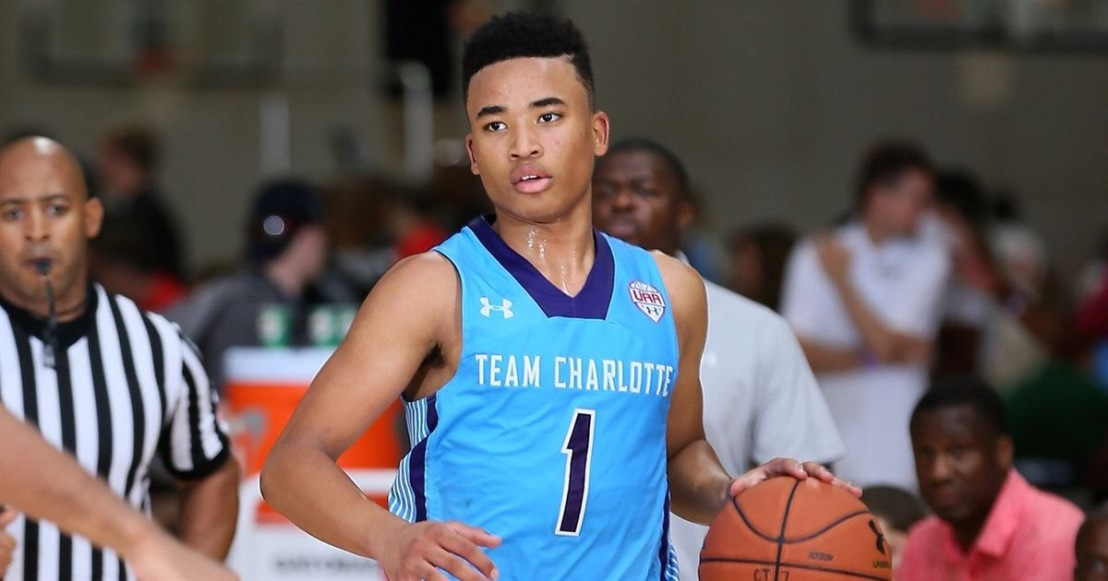 Devon Dotson commits to Kansas