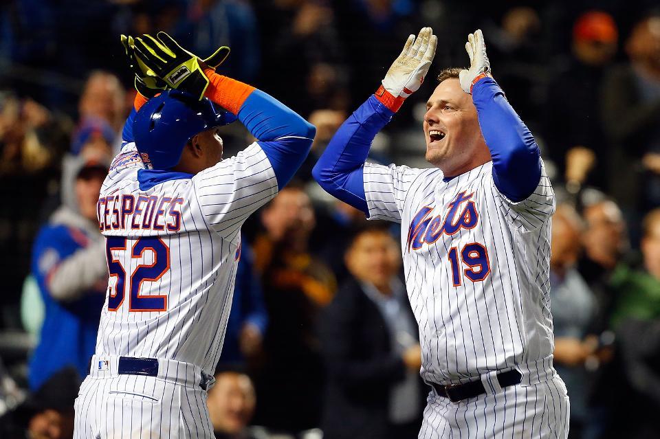 Mets Re-Sign JayBruce